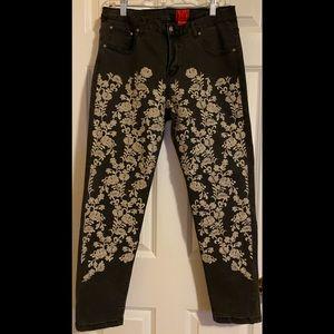 EUC V Cristina Black/dark gray jeans.